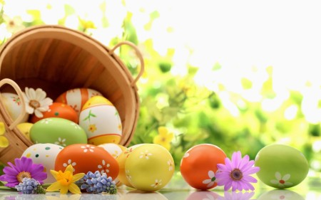 Holidays___Easter_Basket_of_eggs_on_green_background_for_Easter_072821_-1