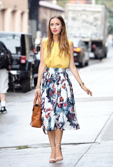 Florals-brighten-up-your-work-space-pretty-full-skirt