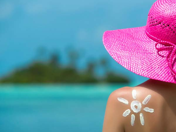 say_goodbye_to_sun_tan_with_these_home_remedies