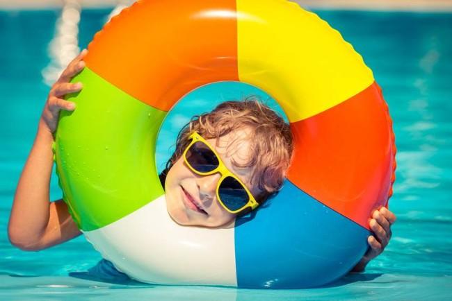 kid-playing-in-pool.jpg.838x0_q67_crop-smart