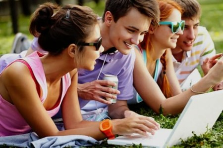 teen-talk-socializing